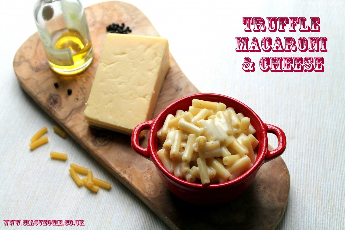 Simply the best truffle mac and cheese recipe! The luxurious cheese sauce is flavored with wine reduction and white truffle oil, but comes together quickly and easily as there is no roux required! If you love classic comfort food dishes with a twist, this truffle macaroni and cheese will be a firm favorite.