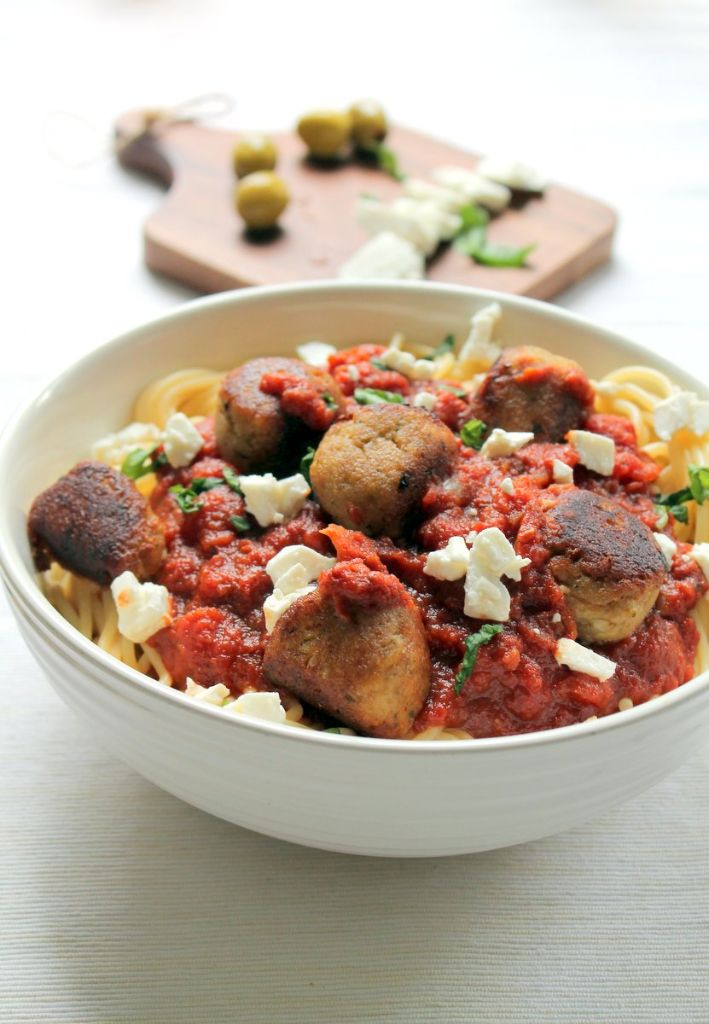 An easy, tasty vegetarian homemade meatball recipe! Eggplant (aubergine) pairs with feta cheese for an amazing flavor. Even people who don't usually like eggplant will devour these healthy veggie balls!