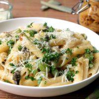 Vegetarian Asparagus Carbonara with White Wine & Manchego
