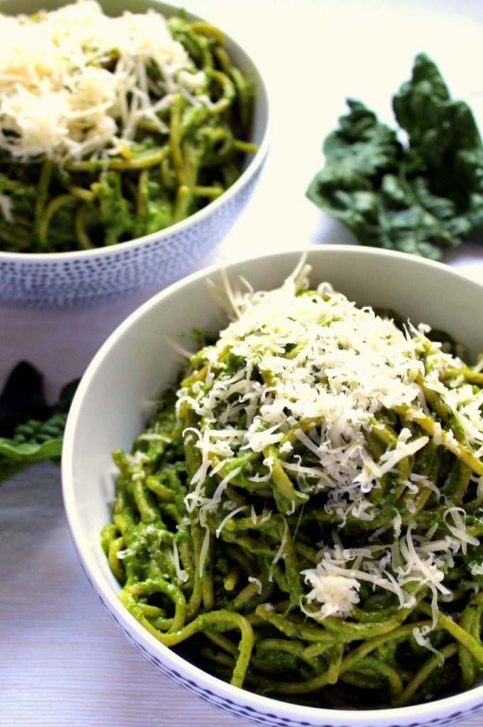 This creamy avocado spinach pasta is given a luxurious twist with fresh mozzarella and gruyere cheeses! A filling, nutrient packed vegetarian pasta dinner like nothing you've tried before.