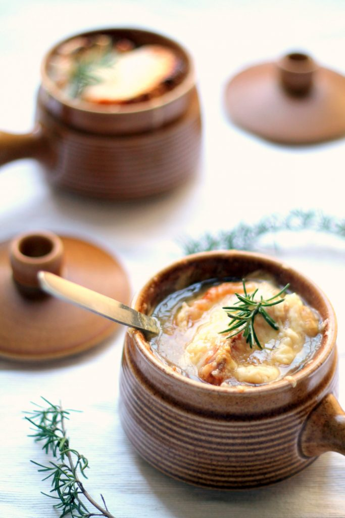 Two secrets give this vegetarian french onion soup recipe all of the flavor and umami of the original! Running the onions through a spiralizer makes this incredibly quick to prepare, won't sting your eyes, and gives the onions an even finish. Winning!